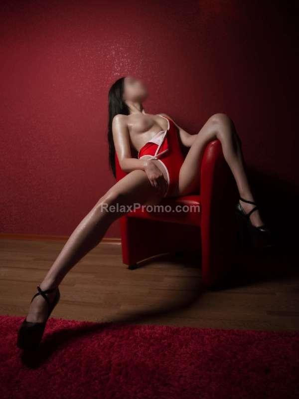 Prostitutes Kyiv : Nika